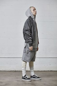 # fashion for men # men's style # men's fashion # men's wear # mode homme Sport Fashion, Mens Fashion, Fashion Outfits, Fashion Trends, Fashion Styles, Street Fashion, Men Street, Street Wear, Look Con Short