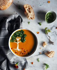 """668 mentions J'aime, 79 commentaires - Hazel Zakariya (@hazelzakariya) sur Instagram: """"There's a tree in my soup! 🌳🙊 Not feeling too well these couple of days, figured a good hearty soup…"""""""