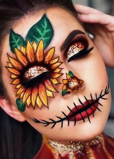 Are you looking for ideas for your Halloween make-up? Browse around this website for perfect Halloween makeup looks. Scarecrow Halloween Makeup, Amazing Halloween Makeup, Halloween Photos, Sugar Skull Halloween, Scarecrow Costume, Halloween Eyes, Halloween Costumes, Halloween Christmas, Halloween Halloween