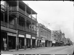 006748PD: Murray Street, Perth, the south side west from Ahern's department store, 1927 https://encore.slwa.wa.gov.au/iii/encore/record/C__Rb3704962