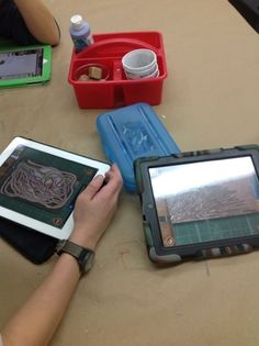 Ukiyoe is a free app for iPhone or iPads. It simulates the entire process of wood block printing.
