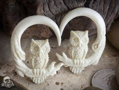 Bone owls hanging design.     These are gorgeous.