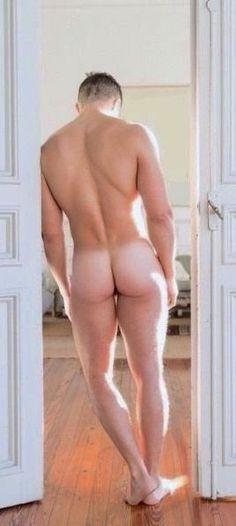 fantastic Naked Man from Rusia Le Male, Male Body, Naked, Guys, Barefoot, Men, Flat, Fashion, Moda Masculina