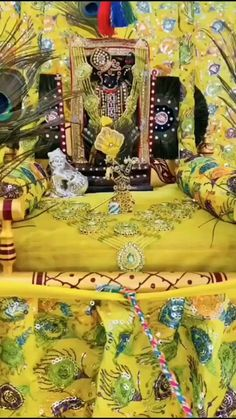 nathdwara_blog on Instagram: #Shrinathji #shrinathjitemple #shreeji #shreeradhey #nathdwara #nathdwarablog #reels #insta #viral #🙏 #❤ #😍 #religious #traditional #jula Udit Narayan, Lata Mangeshkar, Spiritual Life, Spirituality, Traditional, Blog, Painting, Instagram, Art