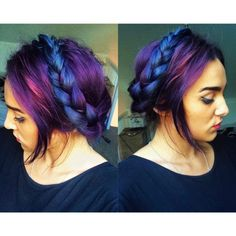 Seriously awesome electric blue and purple two tone hair. Massive. Hair. Envy