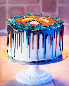 Don't blink or this cake will be gone!
