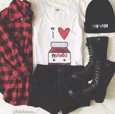 Teenage Fashion Blog: Love This Plaid & Black # Teenage Fashion