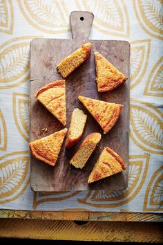 Classic Skillet Cornbread - Our Best October 2016 Recipes - Southernliving. Recipe: Classic Skillet Cornbread Our crunchy, buttery crust comes from baking it in a screaming-hot cast-iron skillet