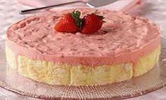 WW Creamy Strawberry Dessert-this is an EASY Weight watchers 2 PointsPlus+ recipe.