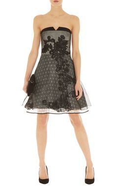 Ultimate lace prom dress -The monochrome trend continues with this sharp, flattering colour blocked dress. The placement of this lace panel creates a feminine feel.