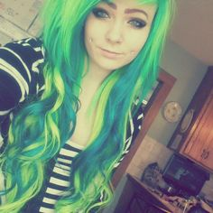 #green #dyed #hair #pretty