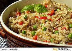 Tarhoňa s vařeným kuřecím masem a hlívou recept - TopRecepty.cz Cooking Recipes, Healthy Recipes, Fried Rice, Food And Drink, Easy Meals, Treats, Ethnic Recipes, Bulgur, Lasagna