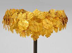 Hellenistic Gold Oak Wreath, c. 4th-3rd Century BC.