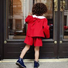 I love the details on this @hucklebones jacket stop by Scoutthecity.com for more photos of this look.
