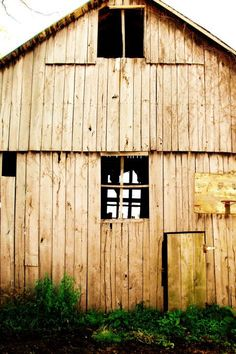 love old wood and barns