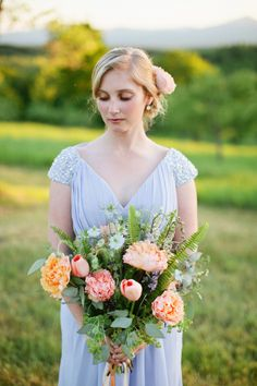 Spring peach bouquet: http://www.stylemepretty.com/maine-weddings/2015/03/19/new-england-meets-southern-charm-wedding-inspiration/ | Photography: Hailey Tash - http://haileytashphotography.com/