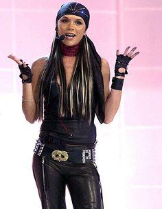 Victoria Beckham : son look de motarde