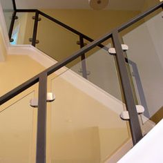 Best Glass Balustrade For Stairs With Side Mount Stainless 640 x 480