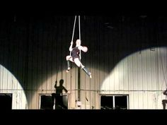 Lindsey Smith: Static Trapeze