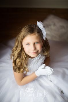 First Holy Communion Photo.  Little girl's first communion portrait session.  Pics By Chicks Photography.  www.PicsByChicksPhotography.com