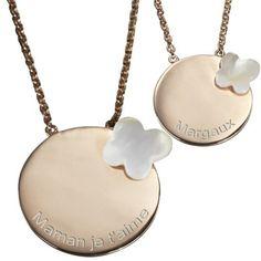 Complices et inséparables, ces pendentifs duos seront un cadeau idéal pour une maman et sa petite fille. Une création signée Petits Trésors.