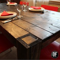 Entdecke den Esstisch arbija und alle seine Details - jetzt in der D&F manufaktur unter www.dfmanufaktur.de #holzdesign #industrialdesign #Küche #interior