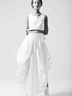 The Swedish School of Textiles by Ida Klamborn Swedish Fashion, White Fashion, New Fashion, Fashion Models, Fashion Designers, Fashion Photography Poses, Thing 1, Textiles, Cool Style