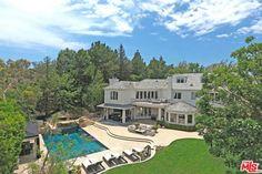 dj-khaled-buys-beverly-hills-pool-768x512