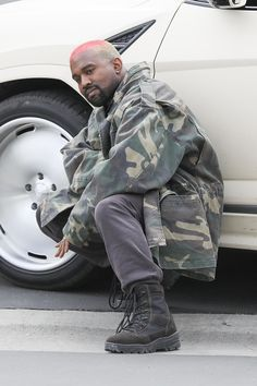 Kanye West Clothing, Looks, Brands, Costumes, Style and Outfits Kanye West Outfits, Urban Outfits, Fashion Outfits, Men's Fashion, Kanye West Fashion, Dope Outfits, Japan Fashion, Best Of Kanye West, Kanye West Style