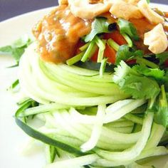 Healthy tangy cucumber asian salad !