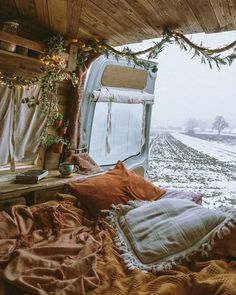 Converted van looking out to a winter wonderland - CozyPlaces life travel adventure life travel bucket lists life travel hippie life travel ideas life travel trips Bus Life, Camper Life, Camper Van, Kombi Camper, Vw Bus, Hippie Camper, Converted Vans, Life Hacks, Van Home