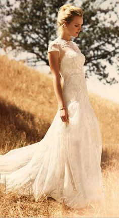 2016 Illusion Neck Lace Bodice A-line Wedding Dress with Ribbon
