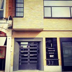 The Doors of perception: Photo The Doors Of Perception, Art Deco Design, Facades, Garage Doors, Exterior, Outdoor Decor, Home Decor, Decoration Home, Room Decor