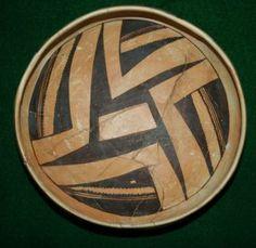 Hopi Pottery Jeddito Black on Yellow Bowl