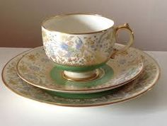 GROSVENOR ~ Birds Of Paradise Royal Crown Derby, Stoke On Trent, Royal Doulton, Wedgwood, Fine China, Initials, Tea Cups, Paradise, Tableware