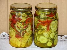 Sałatka z ogórków i kurkumy Curry, Tzatziki, Fermented Foods, Beets, Preserves, Pickles, Cucumber, Mason Jars, Food And Drink