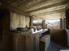 Casa de montaña rustica y minimalista