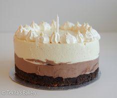 triplasuklaakakku. Triple Chocolate Mousse cake.