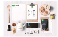 11 New Free Photoshop PSD Mockups For Designers