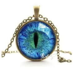 Vintage Cat Eye Pendant With Metal Necklace