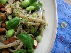 Quick Supper Recipe: Nutty Farro Pasta with Edamame Pesto (sub with soba and maybe add cannellini  beans)