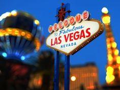 Hast du eine Reise in die Glücksspielmetropole Las Vegas geplant? Brauchst du hierfür noch ein paar professionelle Tipps? Wir haben die schönsten Blogs rausgesucht, die nicht nur mit Fotos aus der Glücksspielmetropole gespickt sind, son