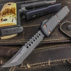 Wow! Check out the Signature series Hellhound Ultratech with copper hardware and @vegasforge Damascus blade #Microtech #knife #knives #blades #copper #damscus #knifecommunity #knifepics #usnstagram #grailknives