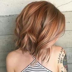 Love the texture in this strawberry blonde lob
