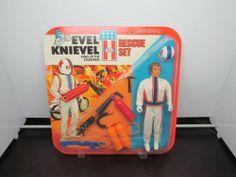 VINTAGE 1975 EVEL KNIEVEL STUNTMEN RESCUE SET IDEAL New MOC #3423-1 Unpunched