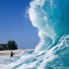 Gigantic Waves » Biskvitka.net - The First Bulgarian Entertainment Portal
