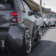 The inFamous Smart Car @thesmartcar Instagram photo • Yooying