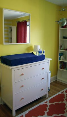 ditch the changing table for a pad & tray on the dresser #multifunction furniture