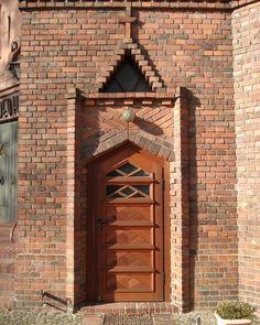 Modern Entrance Door, Entrance Doors, Brickwork, Bricks, Big Ben, Instagram, Building, Creative, Art Nouveau