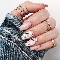 Gemstone look for the nails - Fascinating gemstones as inspiration for chic manicure Image Size: 736 x 736 Pin Boards Name: Nageldesign Bilder Burgundy Nails, Purple Nails, Matte Nails, Glitter Nails, Gel Nails, Coffin Nails, Acrylic Nails, Pink Glitter, Nail Nail